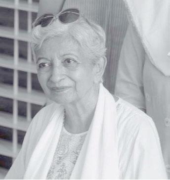 Хута во время визита в Савитри Бхаван, август 2005